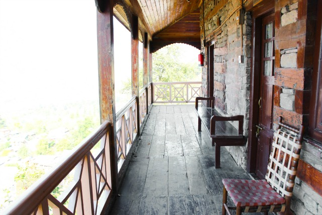 Naggar Castle interior