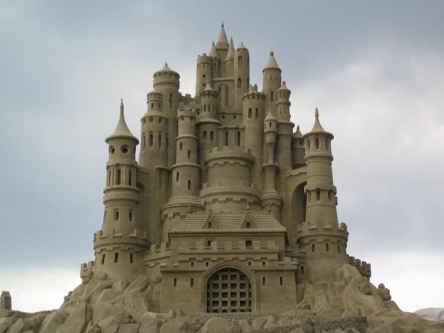 Amazing-Sand-castles-2