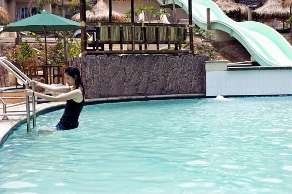 Kolam renang Hawaii Anyer Resort & Spa
