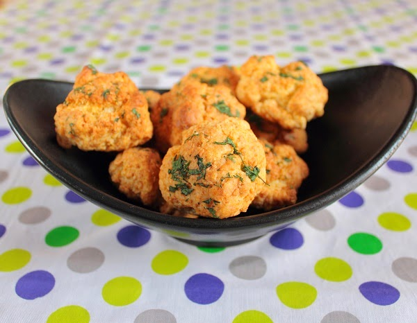 Cheddar Cheese Pepper and Coriander (Cilantro) Biscuits ...