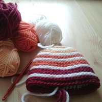 baby beehive beanie free crochet pattern