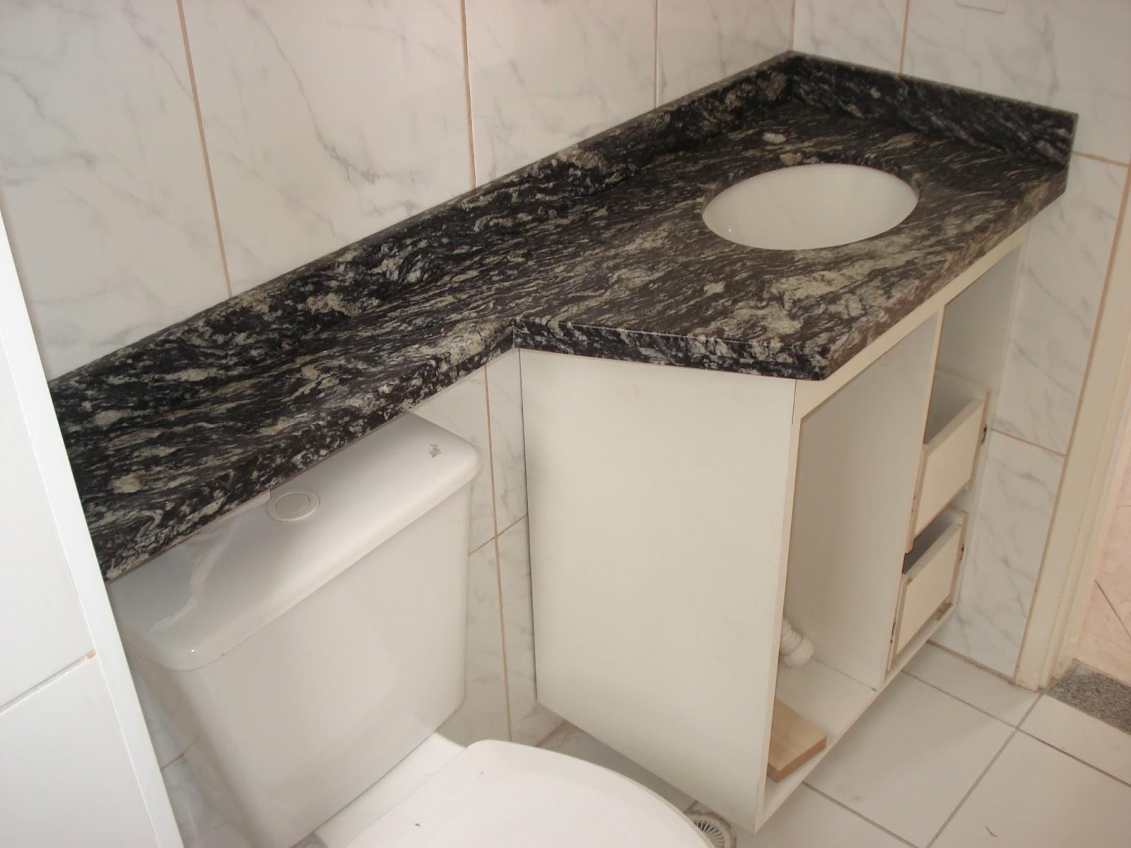 Lavatório no Granito Preto Indiano Acabamento Duplo Reto. #786753 1600x1200 Banheiro Com Granito Preto Indiano