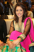 Madhu Shalini gorgeous looking photos-thumbnail-3