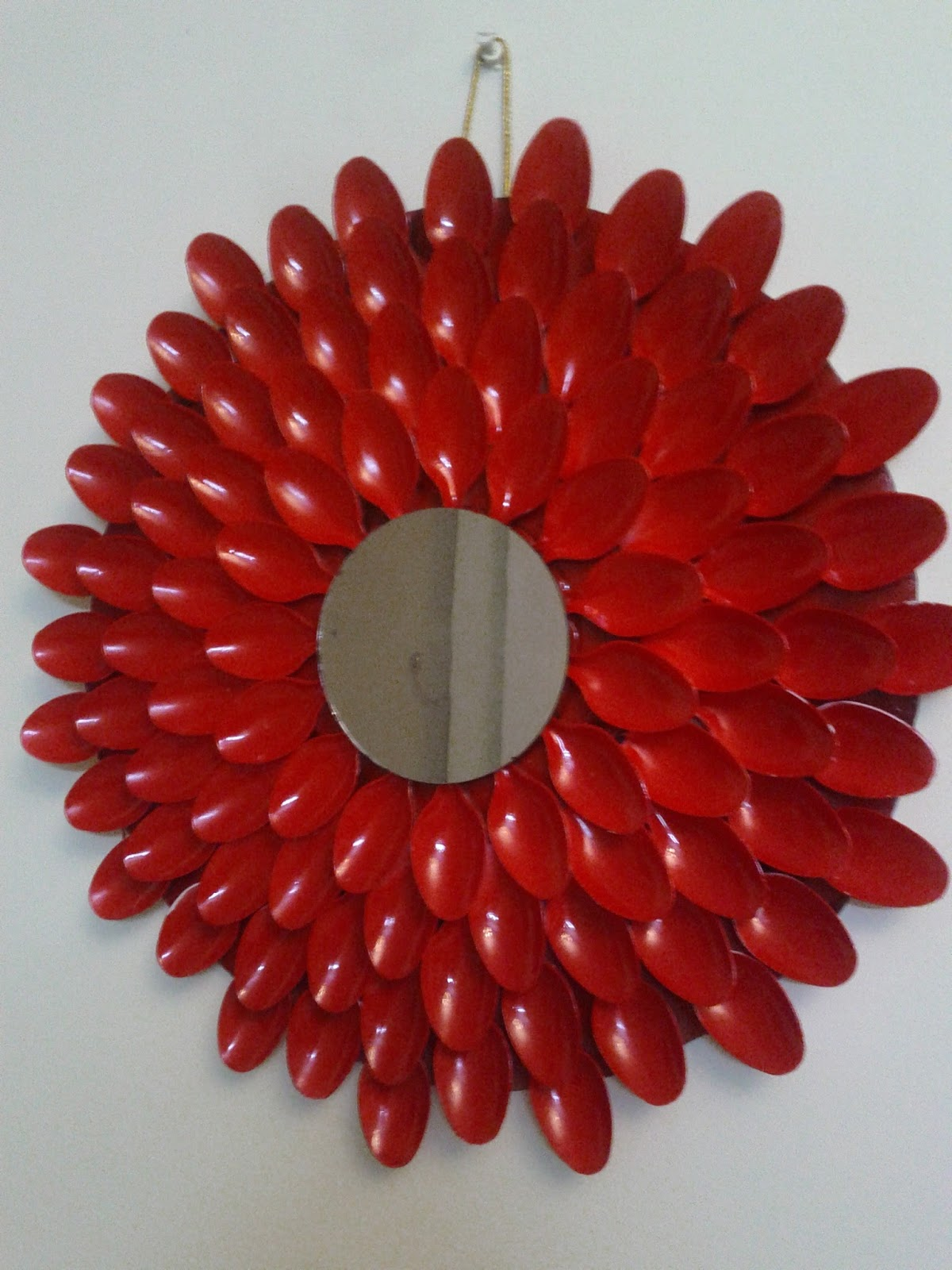 How to make a decorative mirror - These Decorative Mirrors Are The Master Piece Of Interior Decoration These Are Easily Handmade Decoration