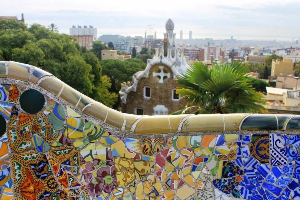 park guell barcelona gaudi