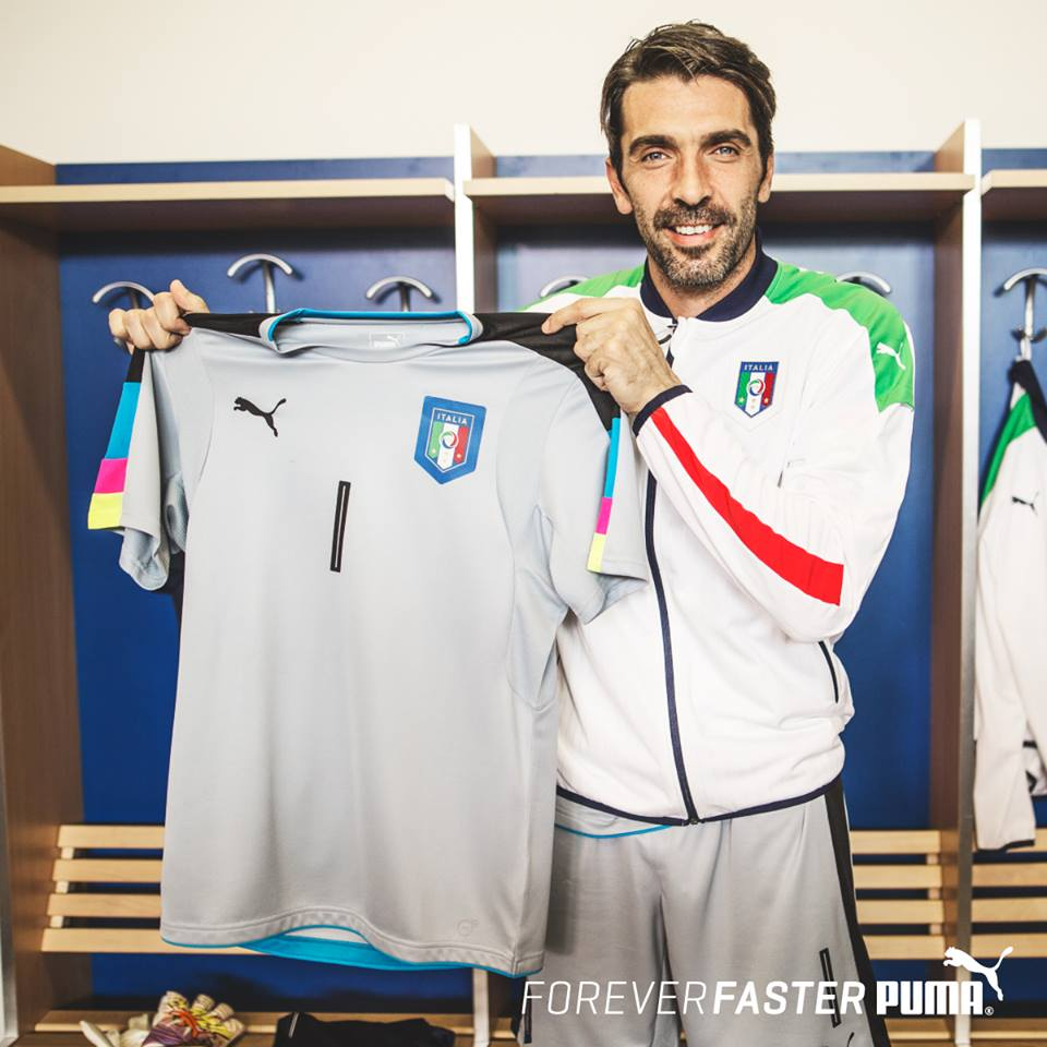 2012-13 Italy Euro 2012 Goalkeeper Shirt (Grey) [740359GREY ...