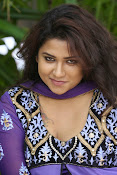 Jyothi latest photo shoot gallery-thumbnail-13