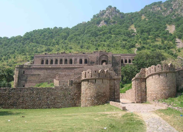 Bhanghar Fort located in the foothills of Aravali range