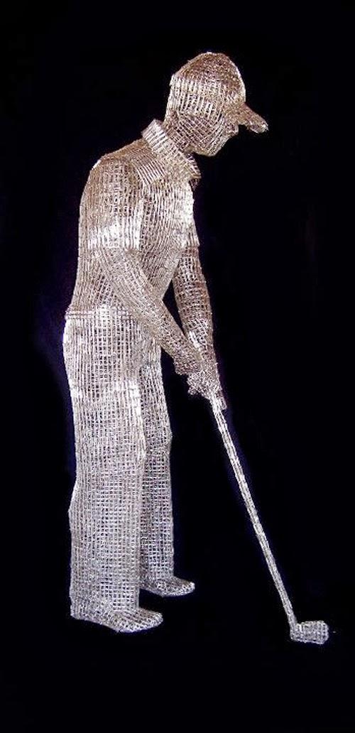 04-Golf-Round-Italian-Artist-Pietro-DAngelo-Paper-Clips-Sculptures-www-designstack-co