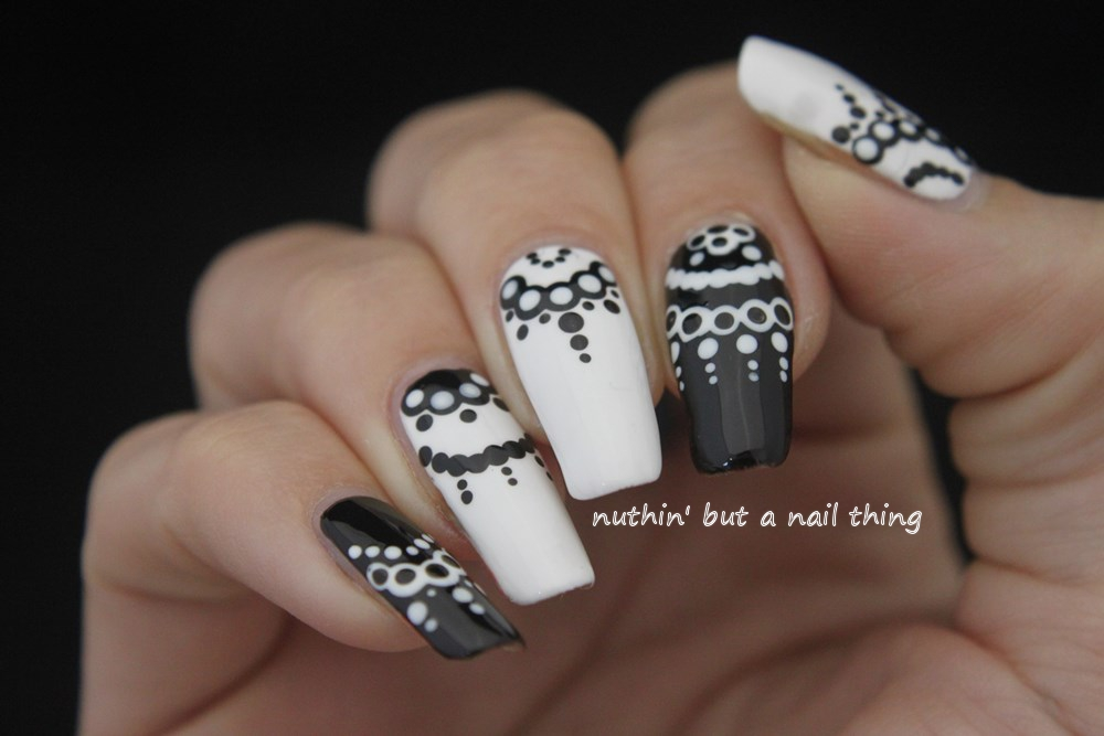nuthin\' but a nail thing: 40 Great Nail Art Ideas - Black and White