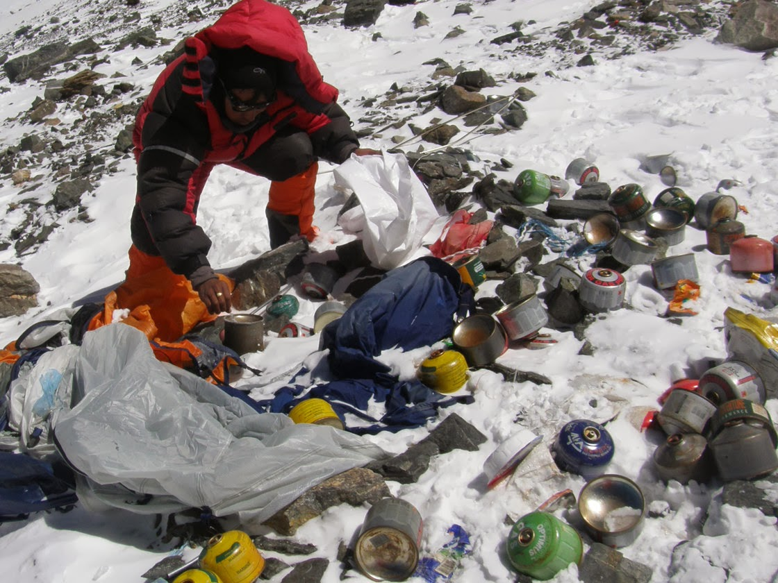 Everest 2014: Nepal Promises To Crack Down On Littering Climbers