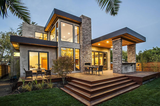 Modern backyard terrace of Contemporary Style Home in Burlingame