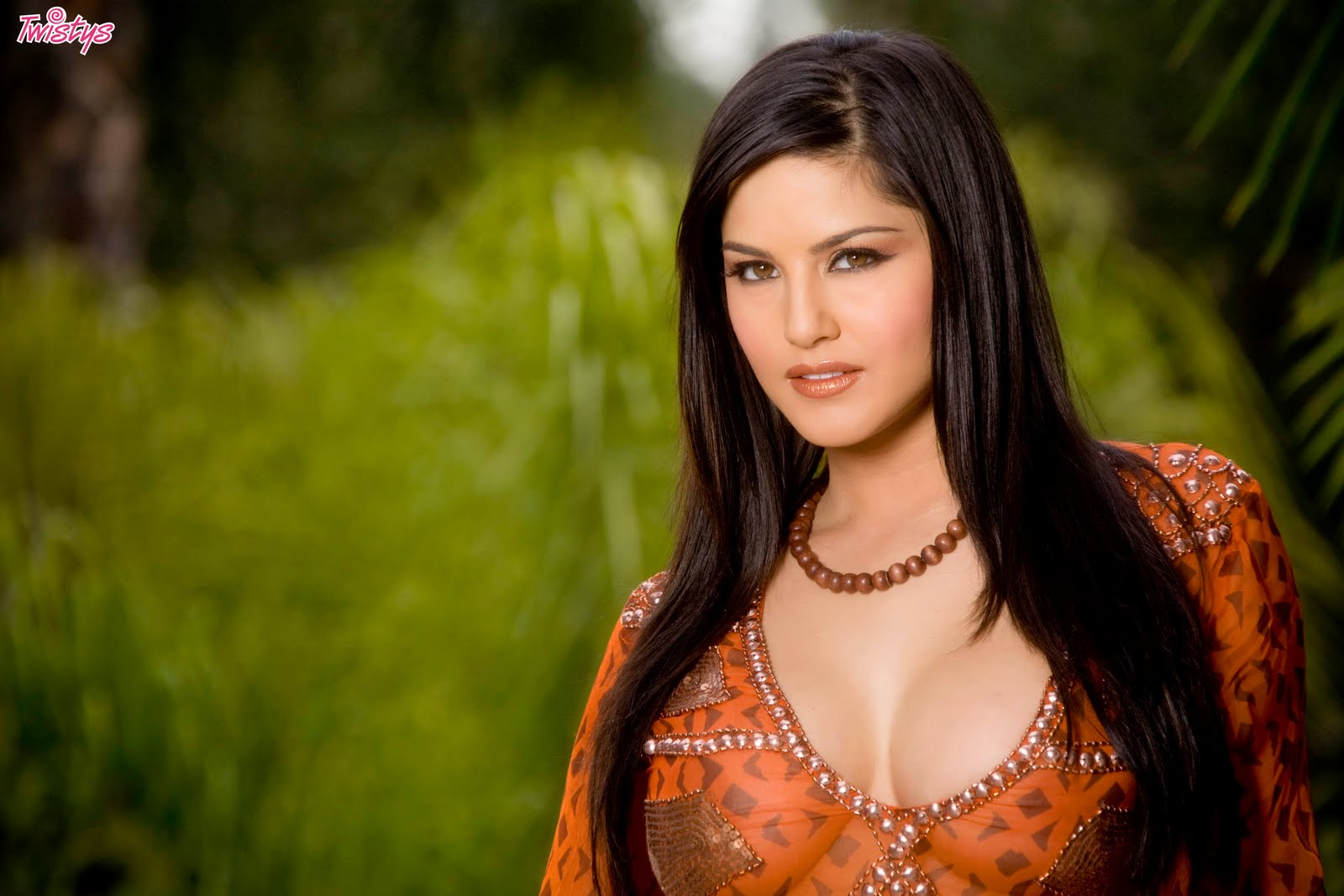 Hd picture of sunny leone