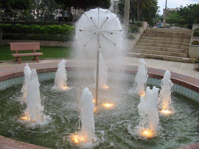 thiết bị vòi phun sphere and hemisphere - quả cầu nước do Liên Hoàn Mỹ sản xuất.