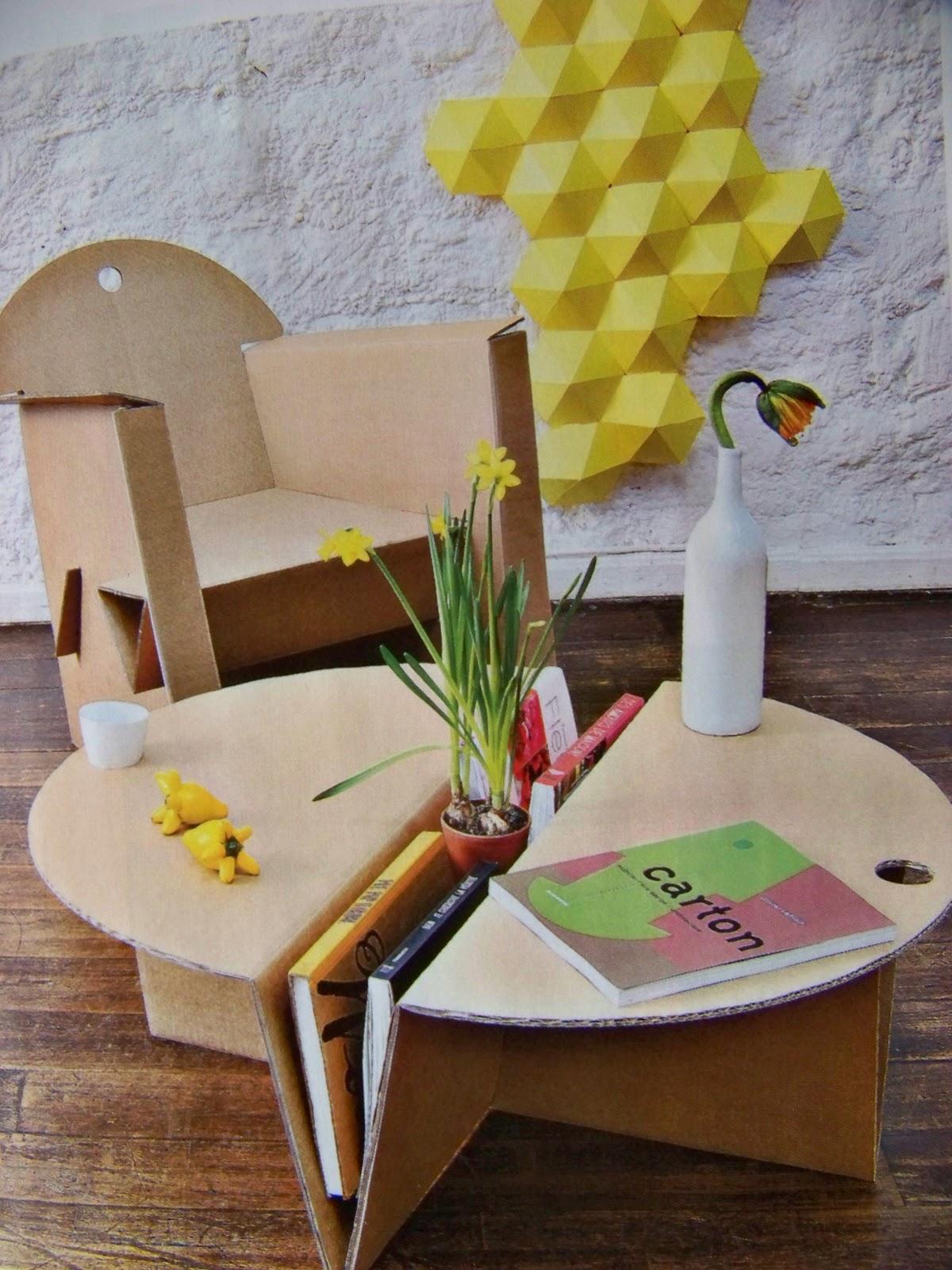les meubles en carton quart de poil. Black Bedroom Furniture Sets. Home Design Ideas