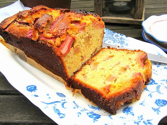 Stacey Snacks: Divine Rhubarb Pound Cake for Spring
