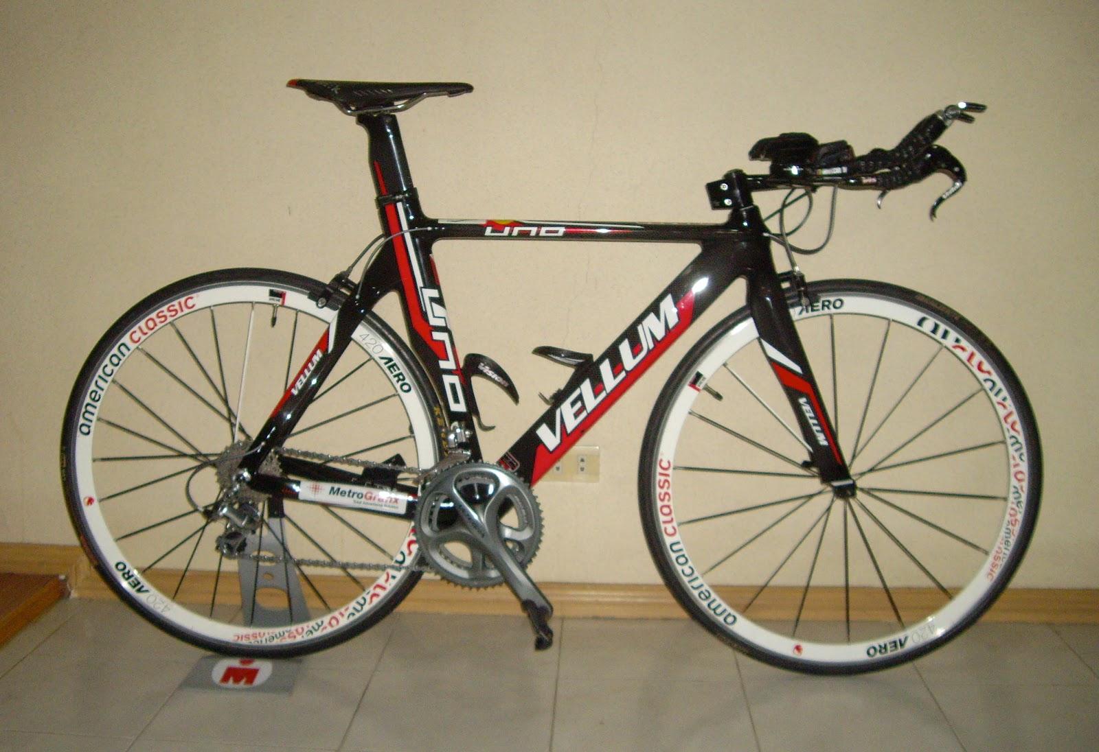 http://4.bp.blogspot.com/-GgeZchRli9Y/T0sA_UkT_qI/AAAAAAAACrU/gymb5AaPc3A/s1600/AUBREY+Black+Tires.jpg