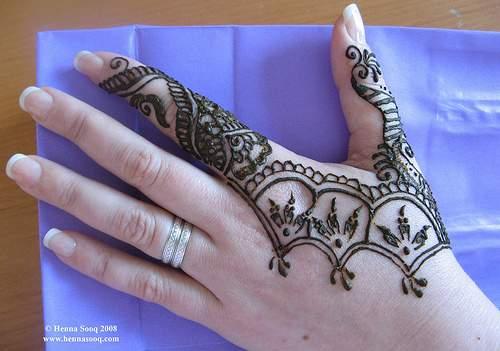 Mehndi Henna By T : Latest indian mehndi designs henna design apna efashion