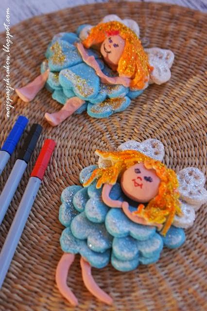 http://mojepasjekrakow.blogspot.com/2013/11/masa-solna-ozdoby-anioek-z-masy-solnej.html