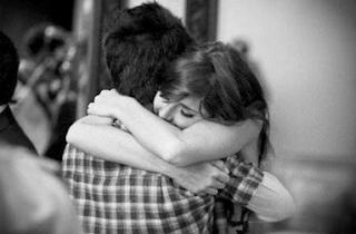 abrazo amoroso