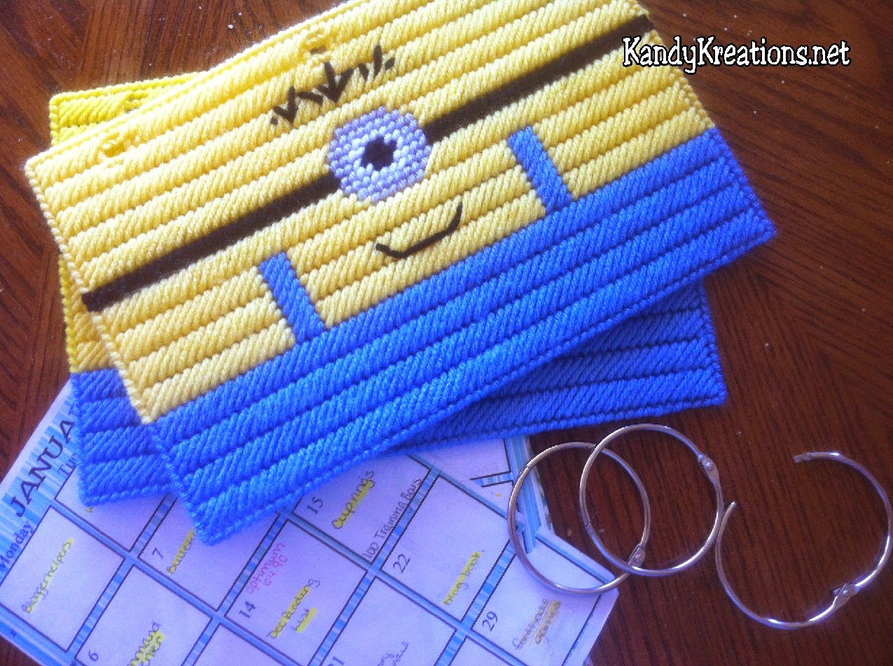 Make your own notebook cover using this fun, free plastic canvas pattern.  You can use your own Despicable Me Minion to cover your favorite recipe book, notebook, blog planner, or journal with this quick and easy pattern.