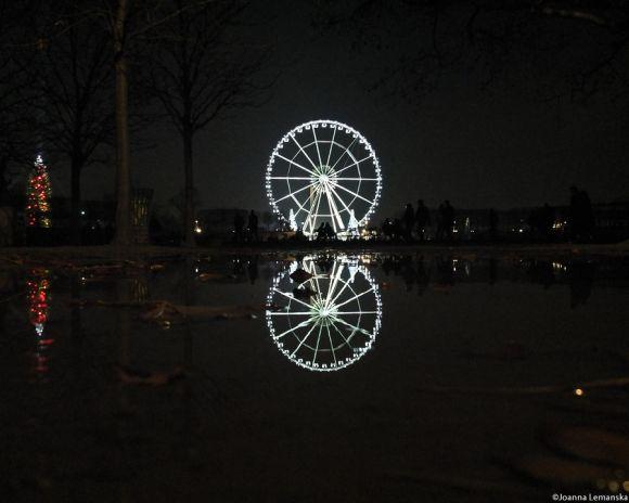 Joanna Lemanska fotografia Paris reflexos através poças de água Jardin des Tuileries