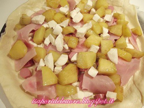 Torta salata pasta brise wurstel