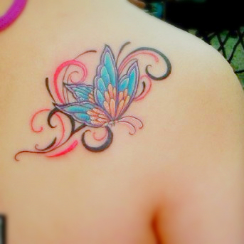 free tattoo designs butterfly tattoo on the shoulder. Black Bedroom Furniture Sets. Home Design Ideas