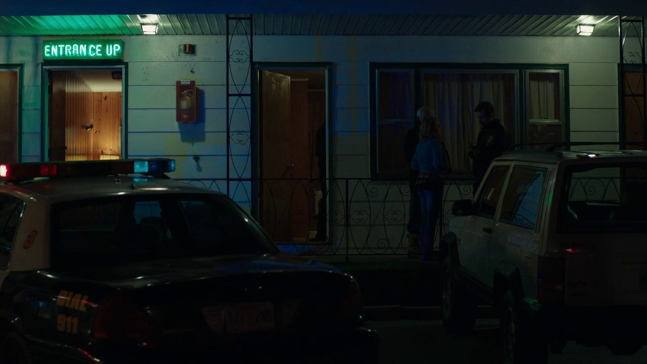 Cold Comes The Night(2013) | Screenshot