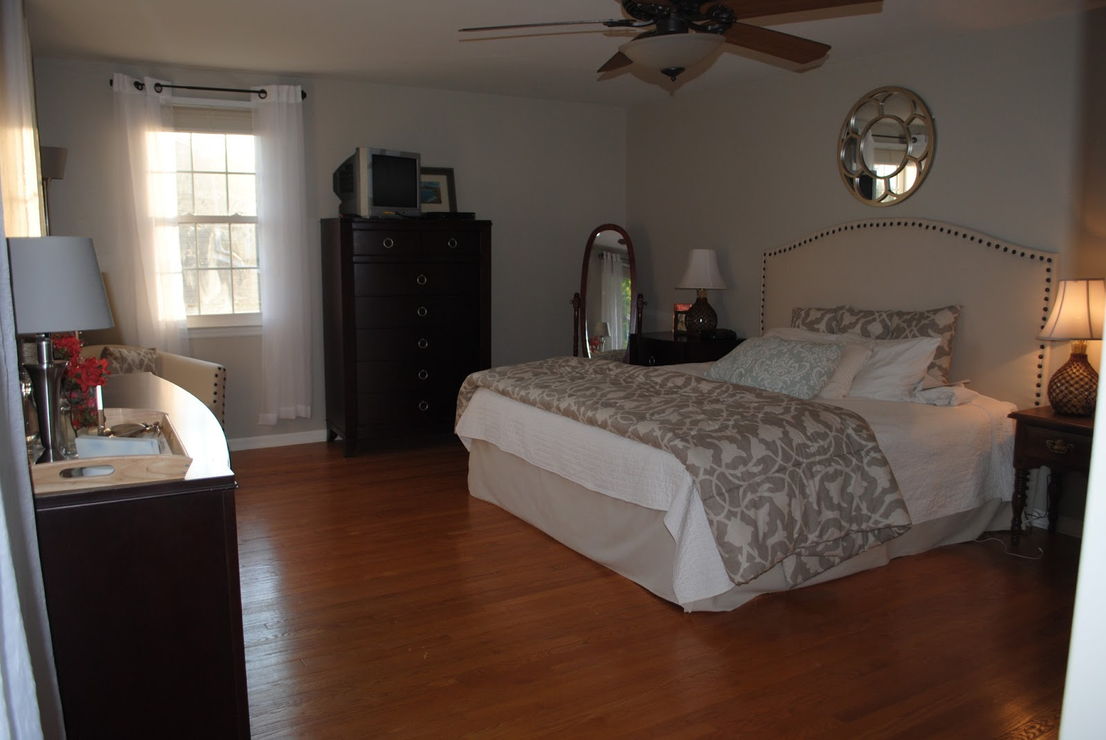 New mama 39 s corner master bedroom makeover reveal from for Master bedroom makeover ideas