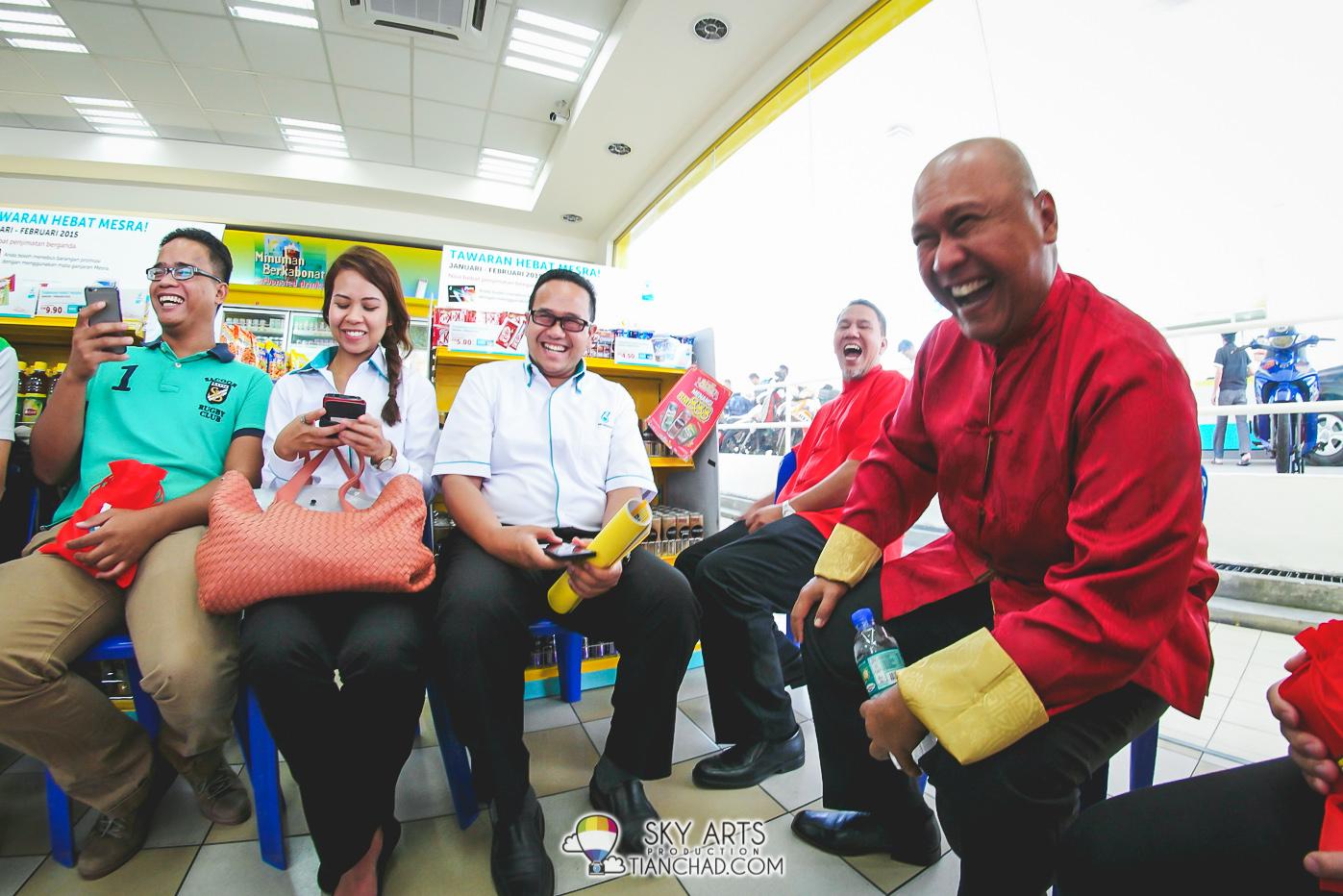 We had a fun interview session with Encik Shaharuddin M. Sidek and Encik Mohd Ibrahimnuddin Mohd Yunus