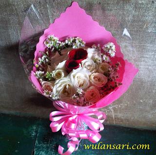 Toko Bunga CIkarang - Handobuquet Valentine
