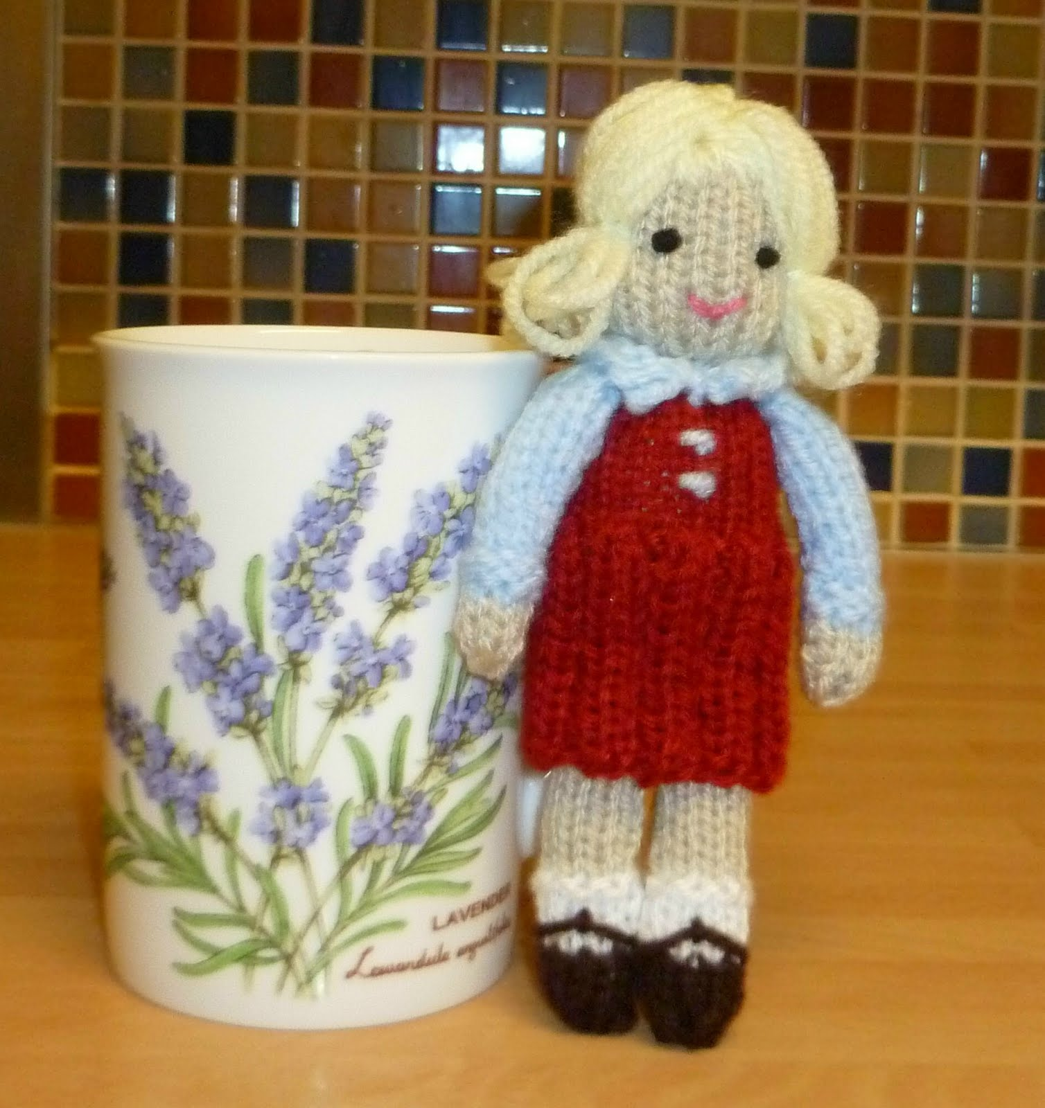 Knitting Patterns For Tiny Dolls : Small Sewing