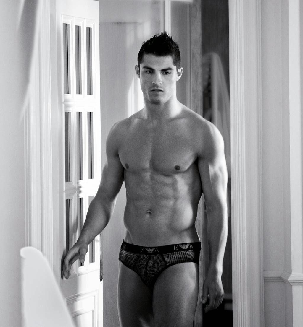 New Christiano Ronaldo for Emporio Armani Fall-Winter 2014 Ad Campaign. images and articles from Emporio Armani.