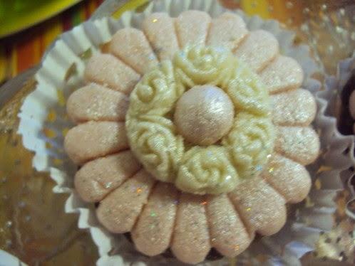 جديد حلويات جزائرية للعيد 2015 - حلويات العيد الجزائرية DSC02528.JPG