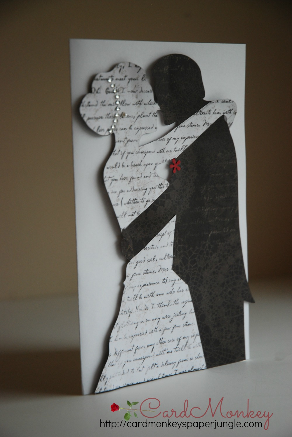 This wedding card is one of the cards Im making to trade.