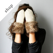 Handmade white ivory wool color mittens with brown fur by My Live Love on Etsy