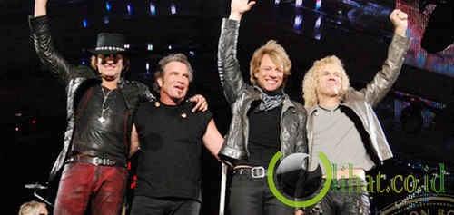 Bon Jovi (336 Miliar Rupiah)