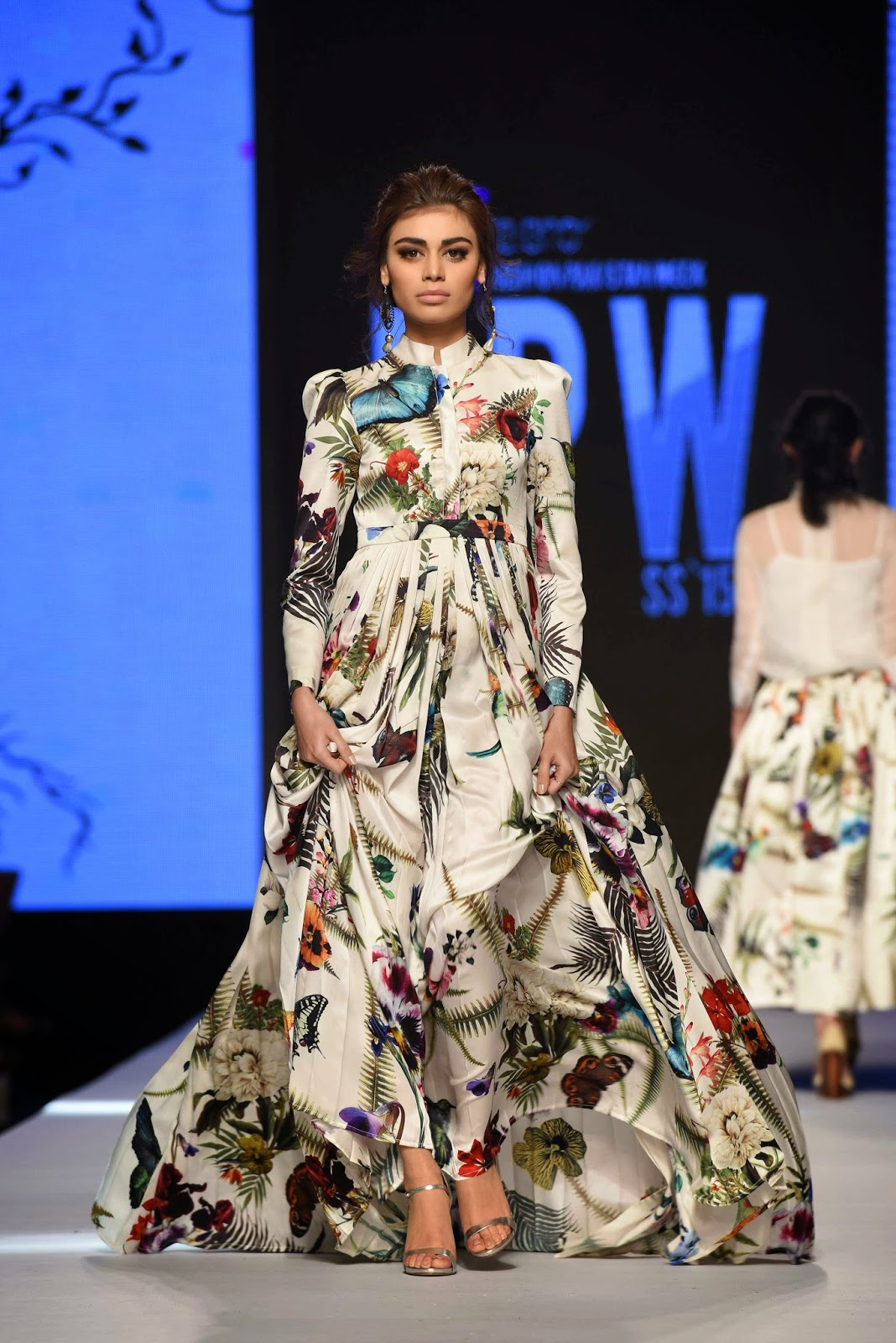 sadaf kanwal zaheer abbas printed dress