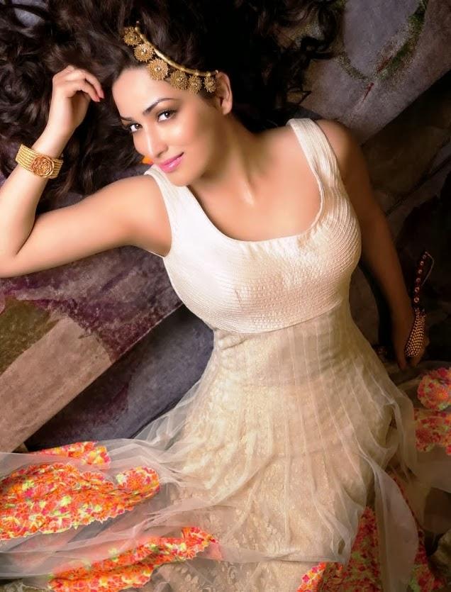 The stunning Yami Gautham pose