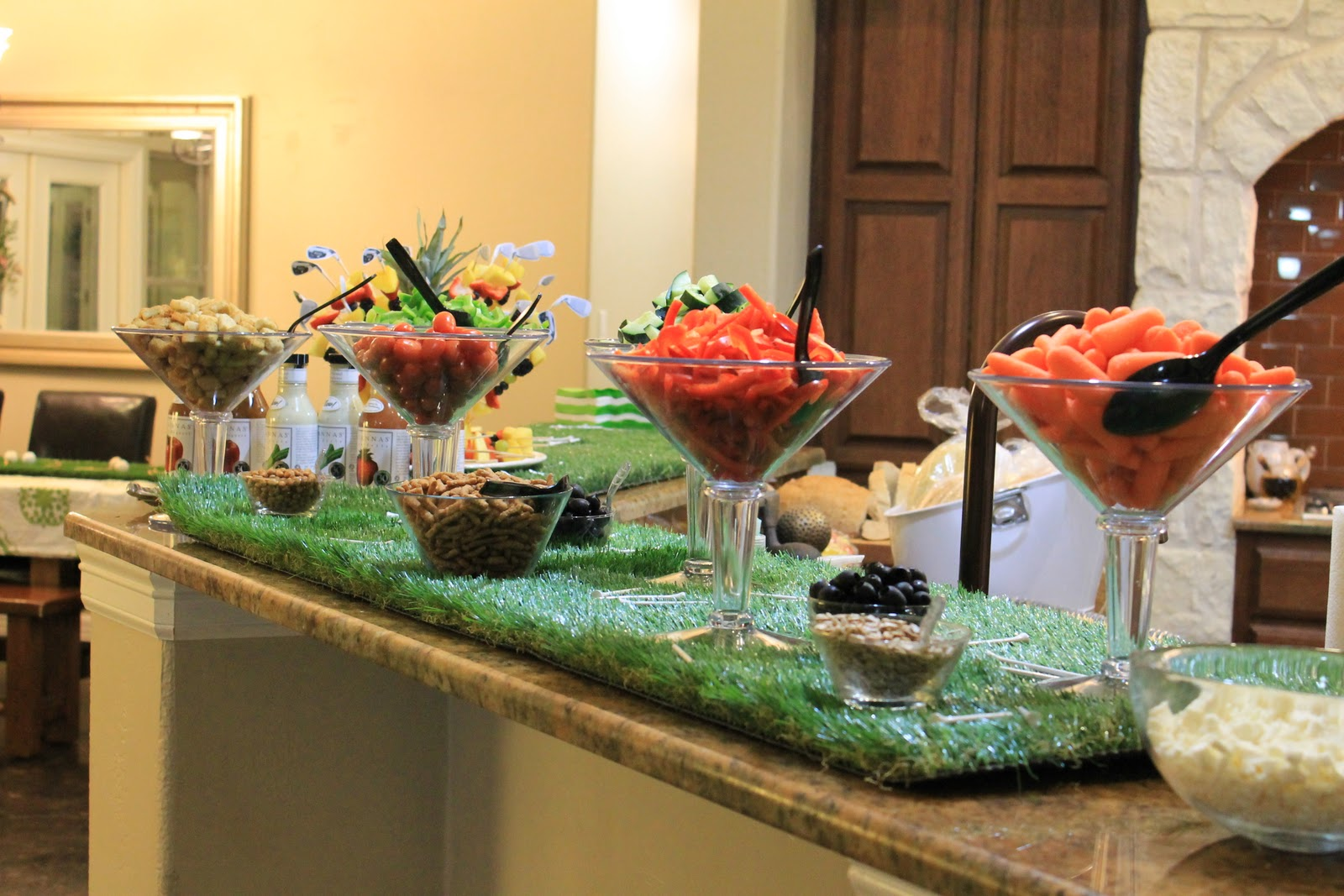Make them wonder fore tips for serving up an amazing baby shower - Home bar setup ideas ...