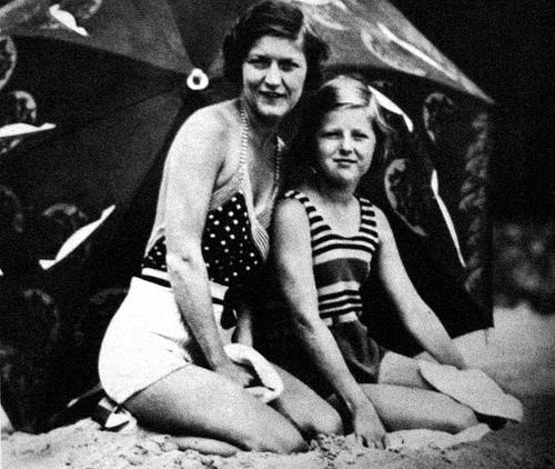 Frances Scottie Fitzgerald Images & Pictures - Becuo Christina Ricci Obituary