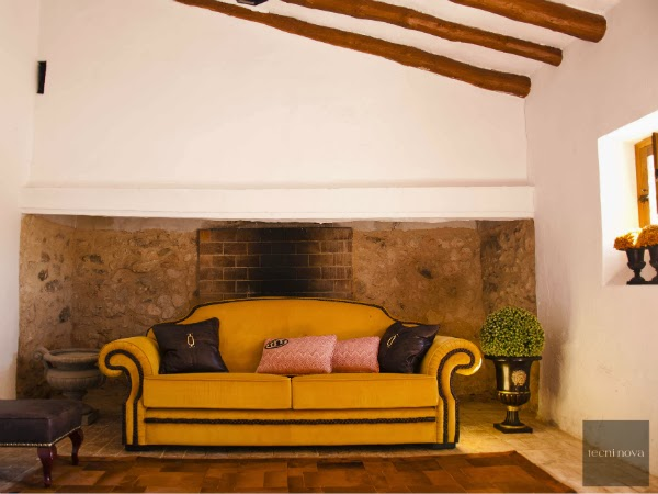 trend-color-for-interior-2014-subdued-yellow-William-Turner-The-Morning-after-the-Deluge-luxury-colour-furnishing-upholstery-color-tendencia-interiores-amarillo-tenue-combinar-ideas-decoración-propuesta-alta-decoración-tecninova-tapiceria-de-lujo