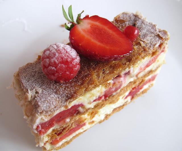 Pâtisserie La Petite Rose Paris - Millefeuille fraise