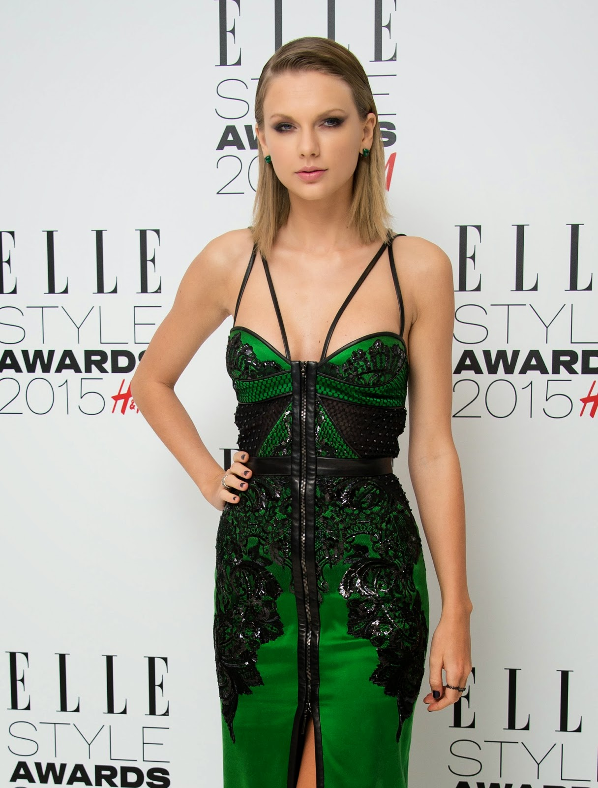 Singer-Songwriter, Actress, Fashion Model: Taylor Swift - Elle Style Awards in London