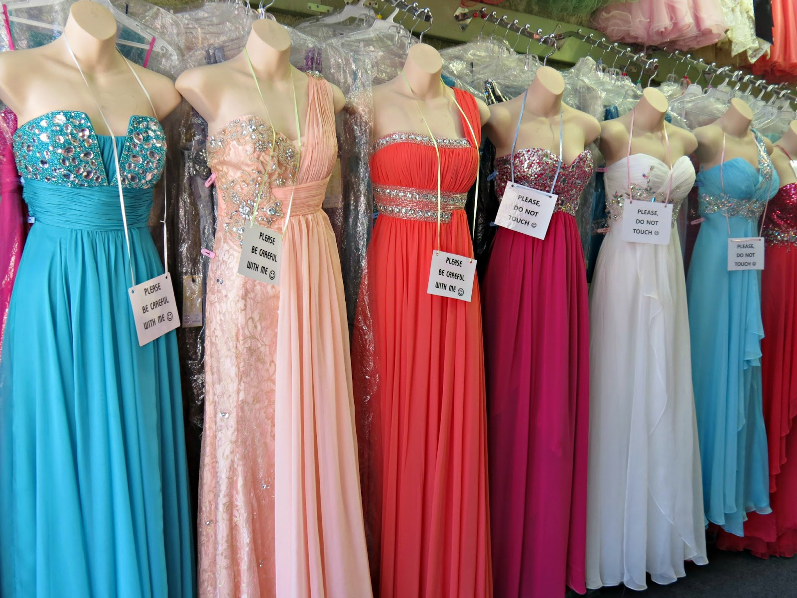 Best stores in la for prom dresses