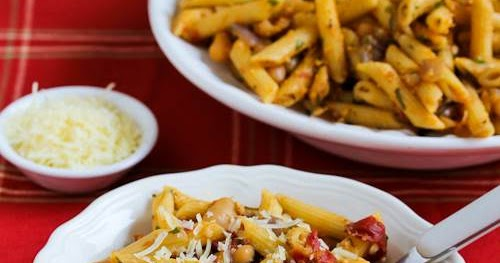 ... Meatless Penne Pasta with White Beans, Roasted Tomatoes, and Herbs