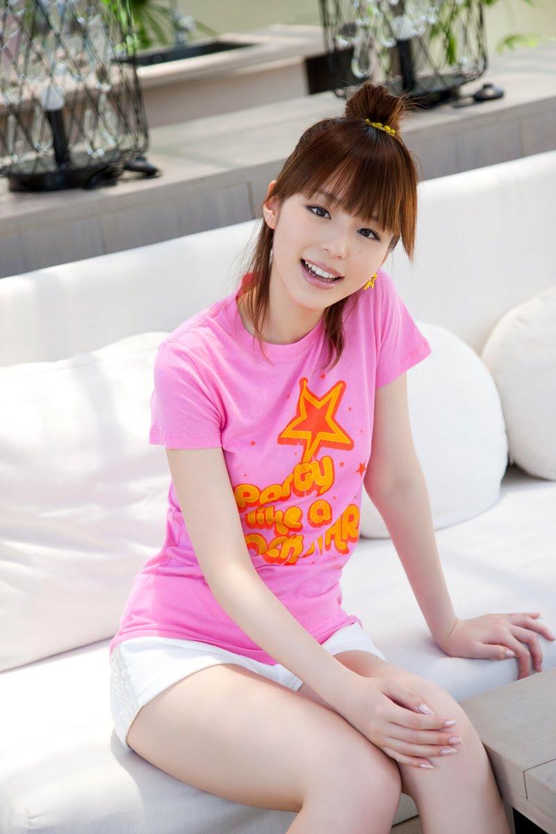fun tru: Beautiful Cute Model Aya Hirano Amazing Photo Shoot
