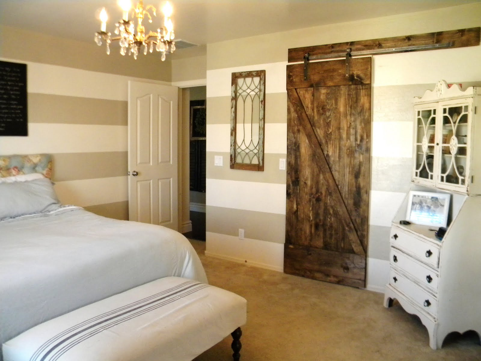 Grand design finished door for Grand bedroom designs
