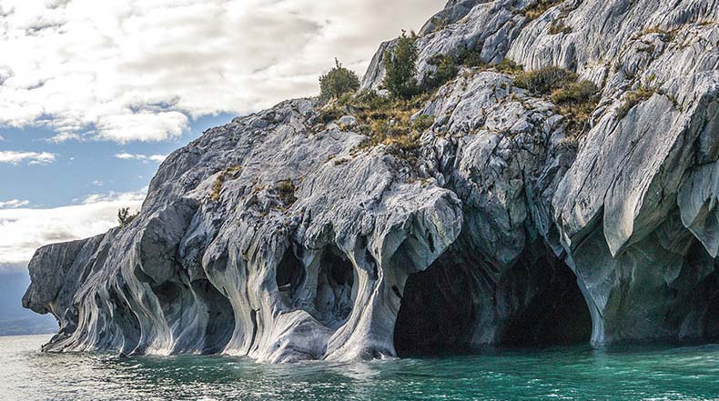 Las magn ficas cavernas de m rmol del lago general carrera for Origen del marmol